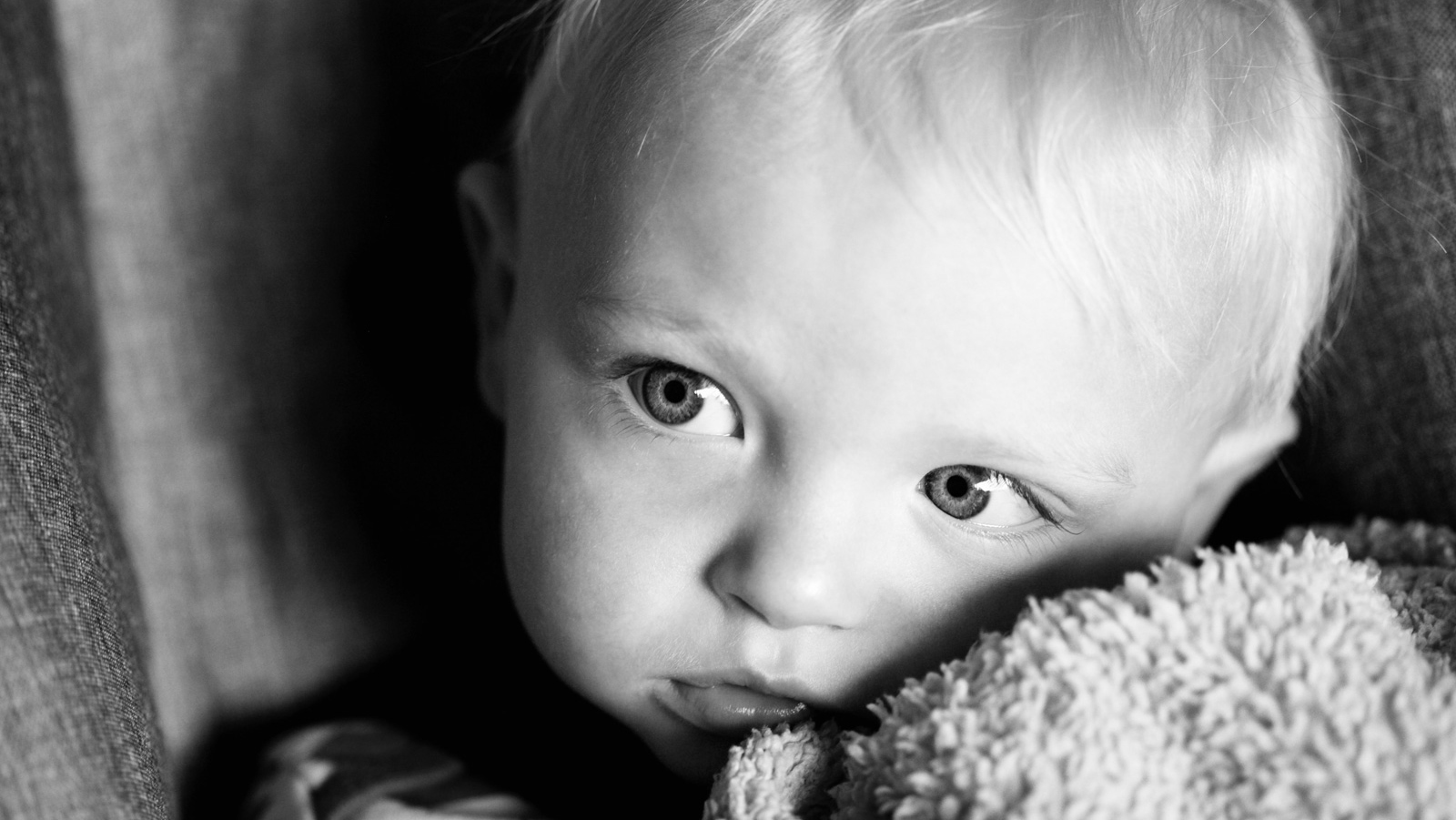 child's face in black and white
